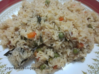 Peas and Carrot Pulao