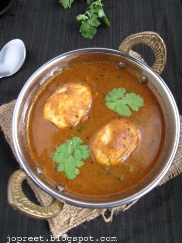 Spicy Andhra Style Egg Curry