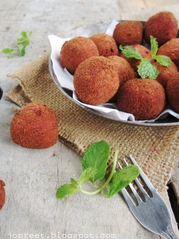 Beetroot & Chickpeas Cutlet