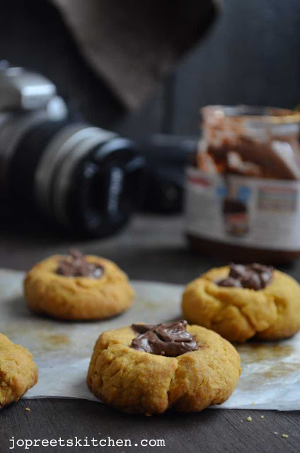 Mango Nutella Thumbprint Cookies - Eggless Cookies