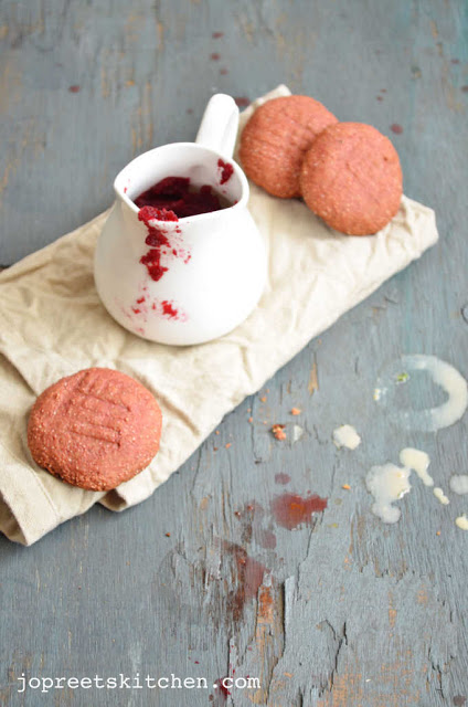 Beetroot Cookies (Egg-less & Butter-less)