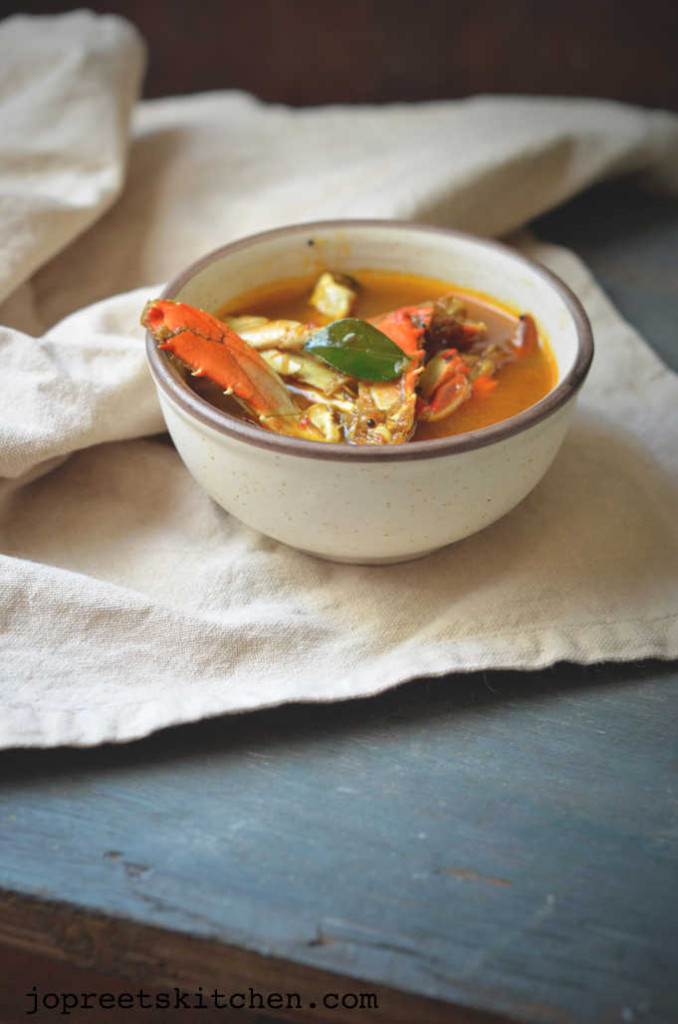 Chettinadu Nandu Rasam / Spicy Crab Legs Soup