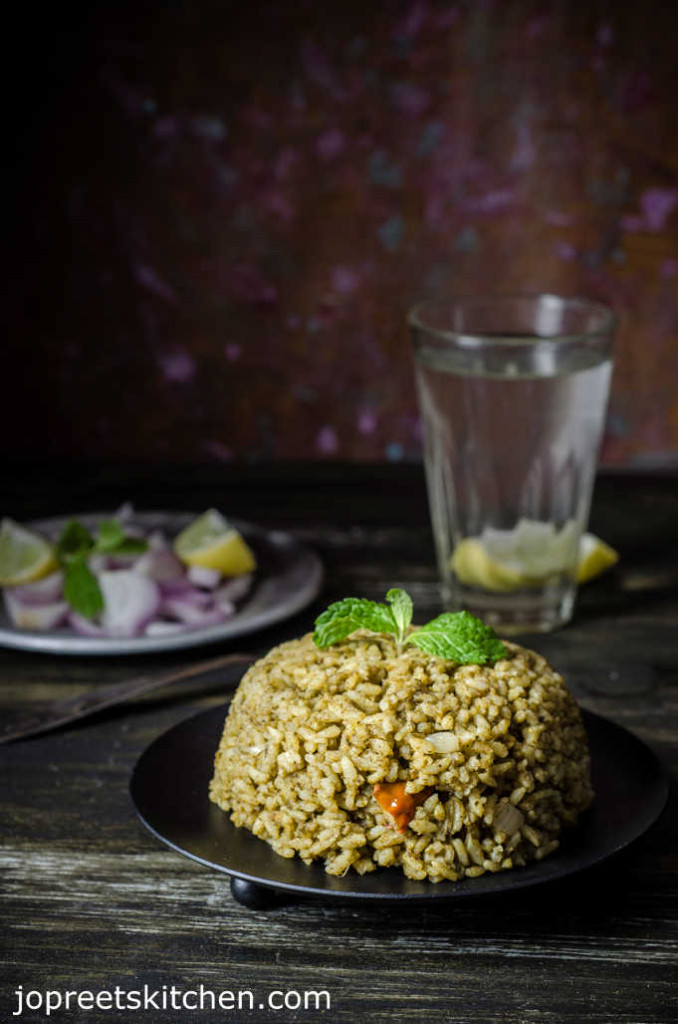 Pudina Biryani / Spicy Mint Biriyani (Without Vegetable or Meat)