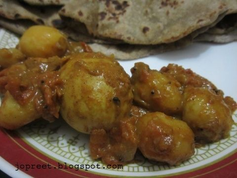 baby potato egg curry