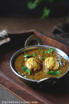 mustard egg curry